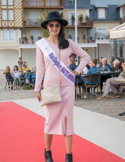 Défilé-Bibikovna-Un-Homme-Une-Femme-12-septembre 2019 (4)